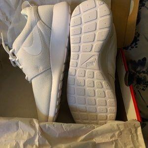 Brand new in box! Nike Roshe one